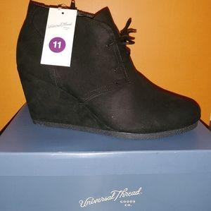 NWT black booties 🖤